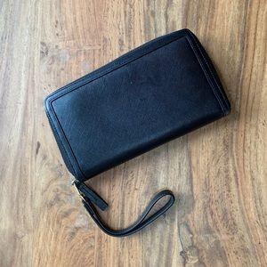 08583bae54acbf Halogen Black Saffiano Travel Wallet/Wristlet